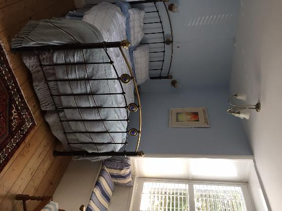 Molesworth Manor: Blue Bedroom