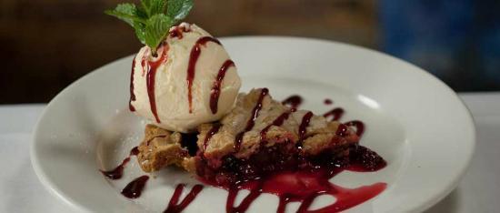 Aiken, Южная Каролина: Malia's Red Raspberry Pie!