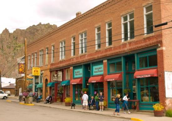 Creede, Kolorado: Rare Things Gallery on Main Street