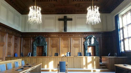 Foto de palacio de justicia de n remberg justizpalast for Sala 600 nuremberg