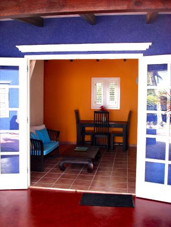 Blachi Koko Apartments Bonaire: One-bedroom apartment entrance