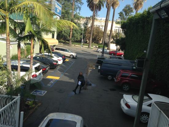 La Tina De Ba O Picture Of Rodeway Inn Hollywood Los