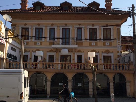 VIlla Tafaj: Hotel Tafaj, 1930s building
