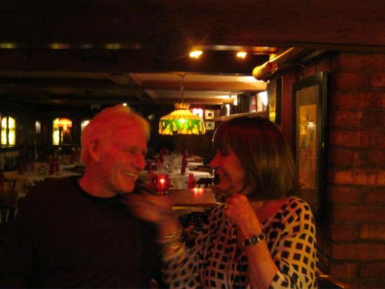 Brae Loch Inn : Best bartenders ever, Hi Hank !