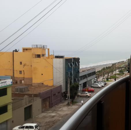 Inkari Apart Hotel: DESDE EL BALCÓN DE LA SALA