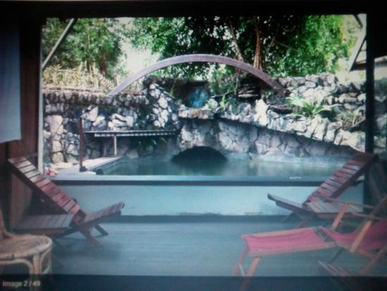 Bukit Raya Guesthouse : Pool
