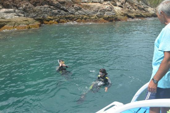 Over Sea Dive Center : Haciendo snorkel mientras esperabamos