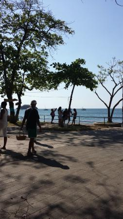 Best Western El Sitio Hotel & Casino: Playa Coco- gorgeous black sand beach, souvenirs, and restaurants