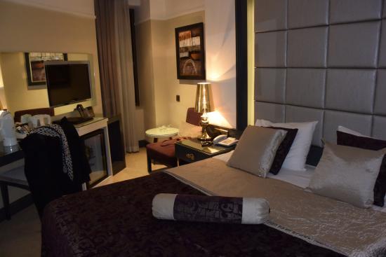 Mirilayon Hotel: Chambre