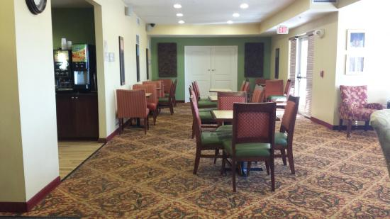 TownePlace Suites Boise Downtown: Breakfast Area