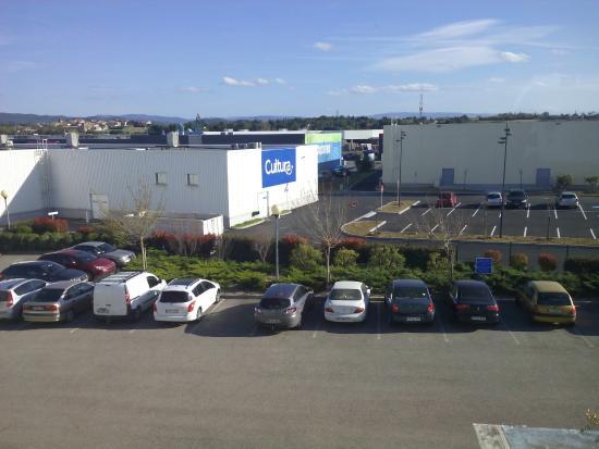 Ibis Budget Carcassonne Aeroport: Parking