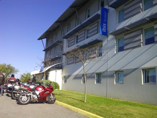 Ibis Budget Carcassonne Aeroport: Hotel - fachada