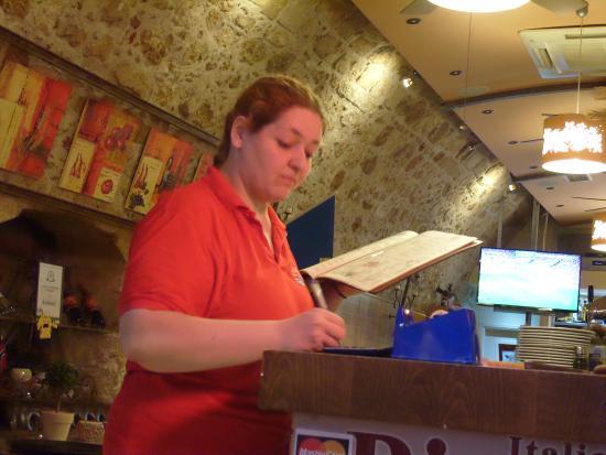 La Piazza Pizzeria : Hard workers