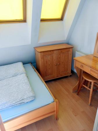 Kamienica Zacisze: Интерьер номера на 5 этаже - спальня