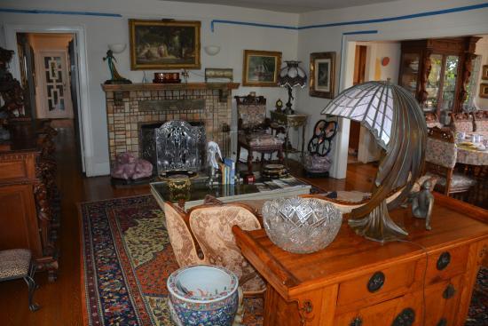 The Secret Garden Bed and Breakfast : Interior