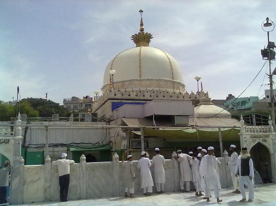 Ajmer dargah dome picture of dargah shariff ajmer ajmer tripadvisor dargah shariff ajmer ajmer dargah dome thecheapjerseys Image collections