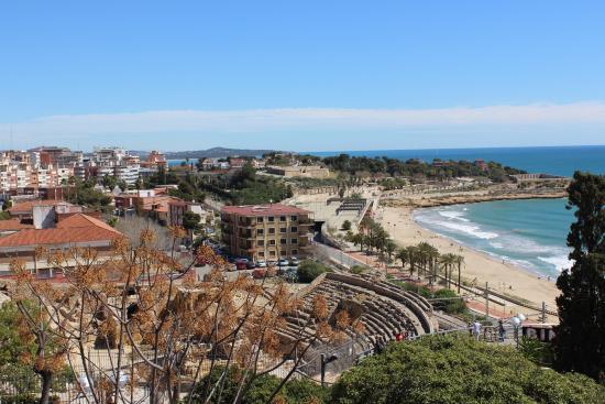 Amfiteatre: Вид со средиземноморского балкончика