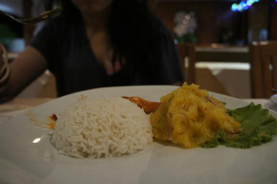 Britannia Hotel-Guest House : that yummy raw mango/papaya salad