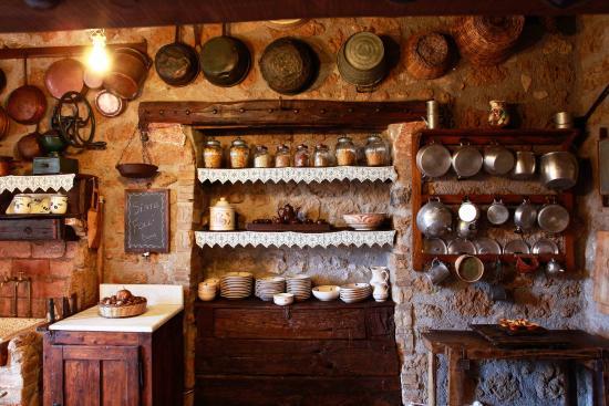 Via romana antica dimora capranica ristorante for Cucina romana antica