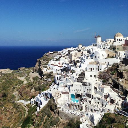 you can see the hotel from the old castle picture of oia. Black Bedroom Furniture Sets. Home Design Ideas