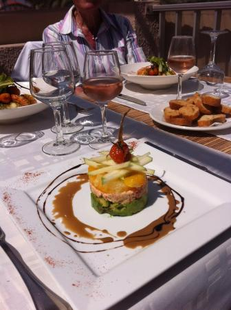 Le cabanon : Suggestion tartare d avocat ,crabe supreme de pomelos et granny smith