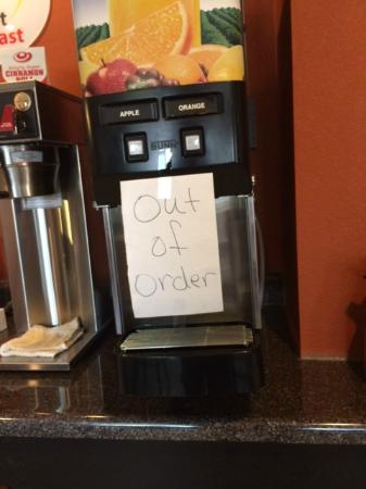Super 8 Williamsburg: Then why not put a pitcher of juice out?