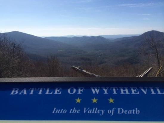 Bland, VA: View from Big Walker Moutnain Lookout.....