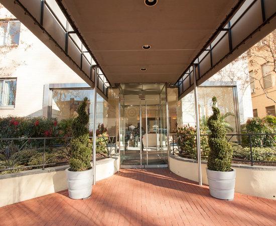 state plaza hotel washington dc review hotel. Black Bedroom Furniture Sets. Home Design Ideas