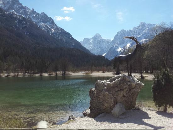 Kranjska Gora, Eslovenia: Lake Jasna