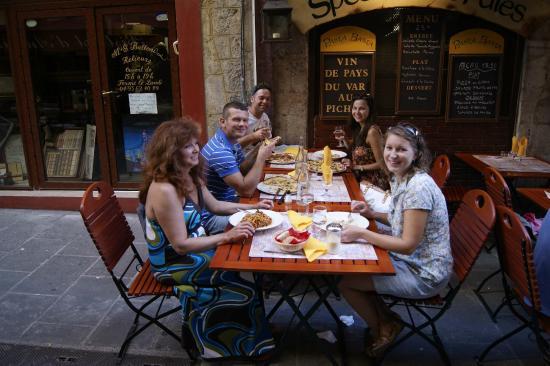 pasta basta : Отличная Еда - Веселый персонал