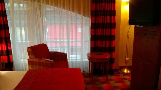 Carlton George Hotel: One of the Executive Rooms