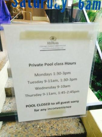 Hilton Chicago/Indian Lakes Resort: Limited pool hours due to private lessons