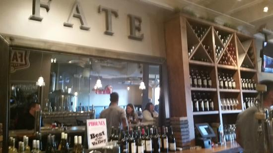 Fate Brewing Co: Nice brewery - friendly staff!