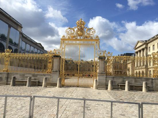 Private Tours Paris: Welcome to Versailles