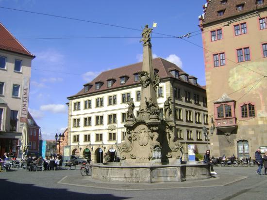 Vierrohrenbrunnen