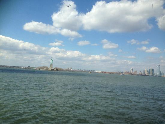 Club Quarters Hotel, Wall Street : overlooking the Statue of Liberty during the 30 mins ferry ride
