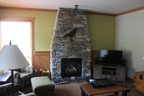 Embarc Panorama: Fireplace in family room