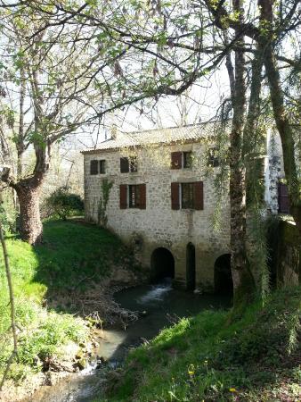 Grateloup-Saint-Gayrand, Francia: Vue de devant