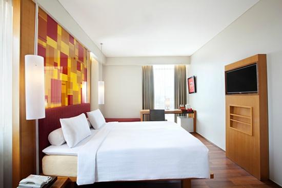 โรงแรมไอบิส โซโล