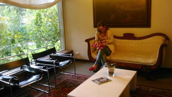 Particolare arredamento picture of hotel ghironi la for Arredamento hotel liguria