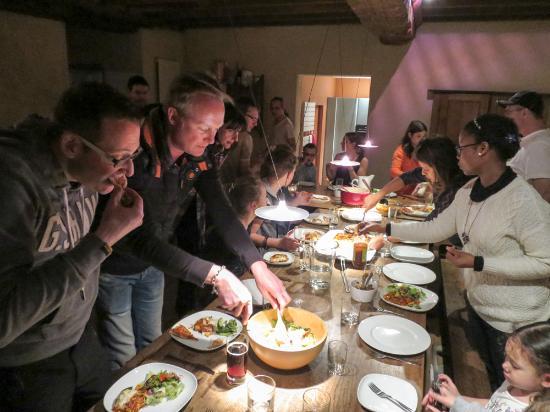Barenton, Prancis: banquets
