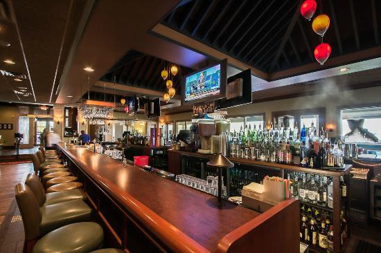 Bracco World Cafe Island Bar