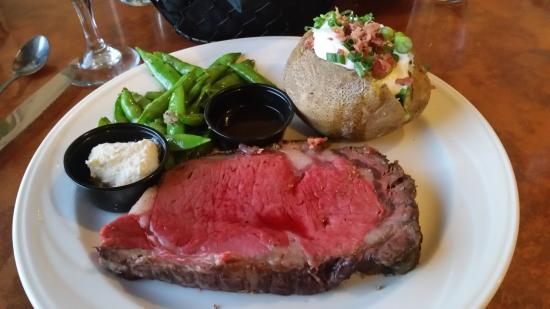 Plank House Restaurant: Prime rib cooked to order