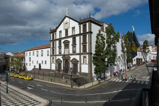 ‪Jesuits' College of Funchal‬