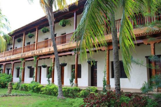 Piscina picture of hotel granada granada tripadvisor for Hotel granada piscina