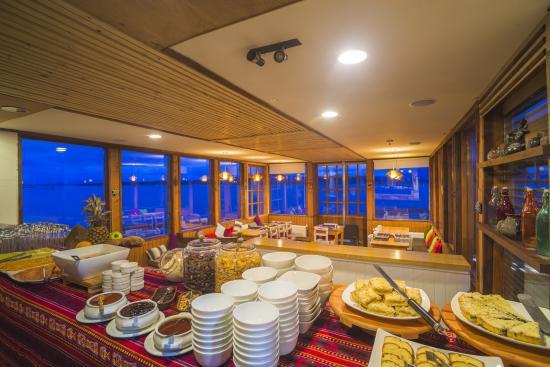 Weskar Patagonian Lodge: Desayunador
