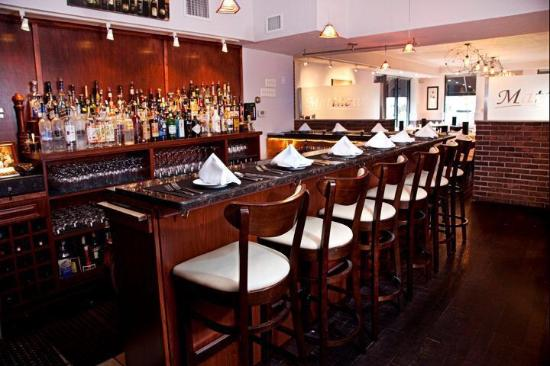 Matthew's Italian Restaurant: Bar Lounge