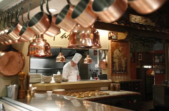 Mamo restaurant picture of mamo restaurant new york for Restaurant antibes