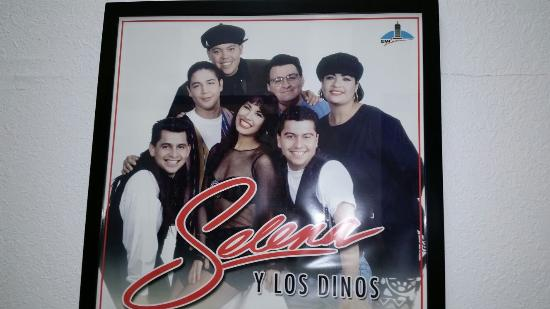 Selena Museum: Great Memories