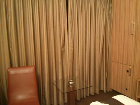 Hotel Plaza : room